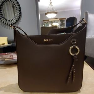 DKNY LEATHER LARGE BROWN BAG